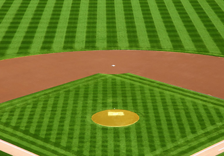 Baseball diamond with crosscut pattern on the field